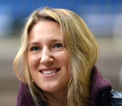 azarenka makes quarterfinals